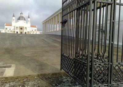 Cancellata-cattedrale-Mongomo