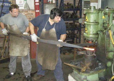 fucina-boranga-lavorazioni-ferro-battuto-wrought-irons-processing-11