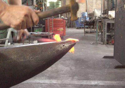 fucina-boranga-lavorazioni-ferro-battuto-wrought-irons-processing-4