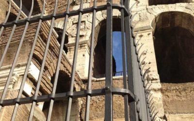 Fucina Artistica Boranga forges the gates of the Colosseum